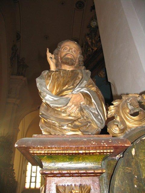 Barokowa figura Chrystusa Nauczyciela z wejścia ambony