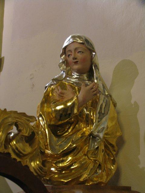 Odrestaurowana barokowa figura Matki Bożej Uczennicy Pańskiej z wejścia ambony