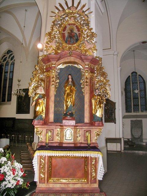 Barokowy ołtarz pw. Matki Bożej Niepokalanej po konserwacji