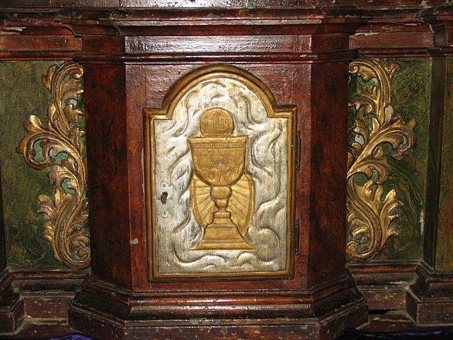 Barokowe tabernakulum z ołtarza Najśw. Serca Pana Jezusa /przed konserwacją/